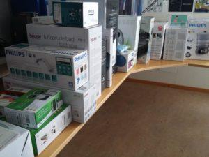 Uåpnede produktpakker i hverdagsteknologi-prosjektet.